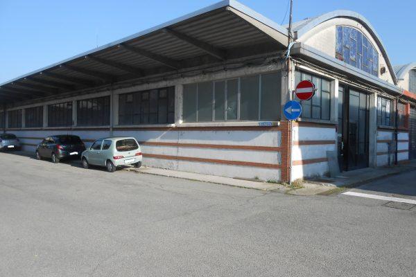 Pieve Emanuele (MI) affittasi capannone Mq.500