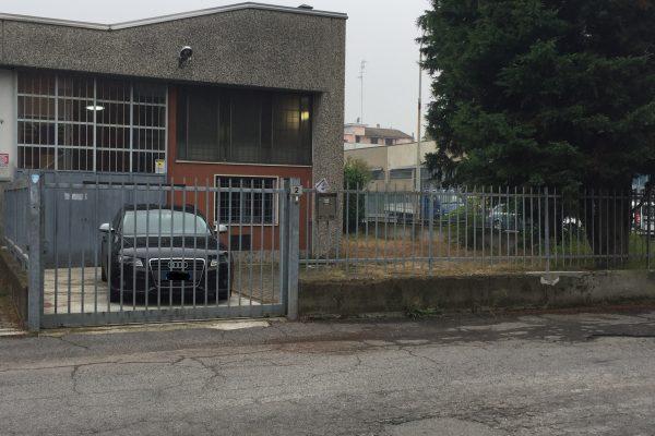 Pieve Emanuele (MI) Capannone in  Affitto Mq. 100
