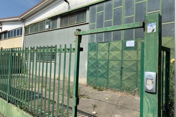 Pieve Emanuele (MI) vendesi capannone