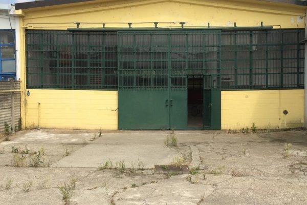 Pieve Emanuele (MI) affittasi capannone Mq. 350