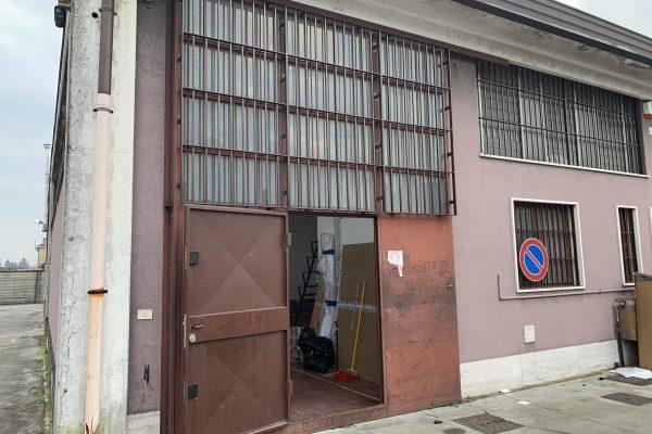 Pieve Emanuele (MI) affittasi capannone Mq. 100