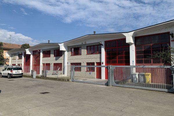 Rozzano (MI) affittasi capannone Mq. 260